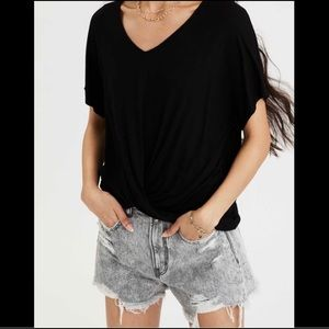American Eagle Twist Front Hi-Low Top in Large